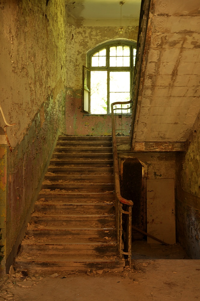 Beelitz-Heilstaetten-lost-place-urbex