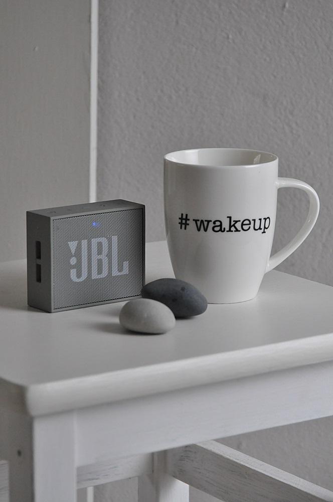 Schlafzimmer einrichten tipps bluetooth box Tasse